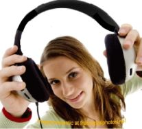 woman-gives-headphones